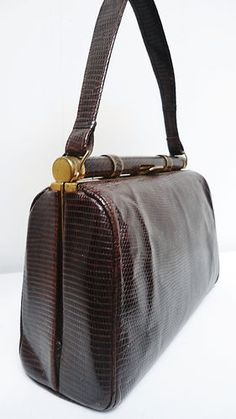 VINTAGE 40s BOXY BROWN GENUINE LIZARD SKIN DECO HANDBAG/BAG~WARTIME/GOODWOOD~ | eBay 65 Vintage Websites, Vintage Bags, Sew, Handbags, Best Deals, Brown, Ebay, Totes, Hand Bags