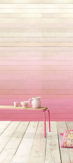 dégradé rose sur le mur
