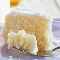 WW SmartPoints=11: Ingredients: Cake: 1 1/3 cups granulated sugar 6 tablespoons butter, softened 1 tablespoon grated lemon rind 3 tablespoons thawed lemonade concentrate 2 teaspoons vanilla extract 2 large eggs 2 large egg whites 2 cups all-purpose flour 1 teaspoon baking powder…