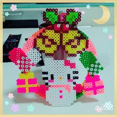 Hello Kitty Christmas wreath perler beads by 1noamomo