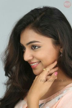 dddWow its amazing Indian Film Actress, South Indian Actress, Indian Actresses, Cute Celebrities, Indian Celebrities, Nazriya Nazim, Pinterest Girls, Muslim Beauty, Bollywood Actress Hot Photos
