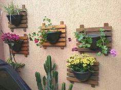 Beautiful Minimalist Vertical Garden For Your Home Backyard goodsgn com 02 Garden Planters, Herb Garden, Garden Art, Vegetable Garden, Garden Design, Pallet Planters, House Design, Minimalist Garden, Vertical Gardens