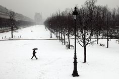 Christophe Jacrot -Paris in the snow Winter Photography, Street Photography, Art Photography, Cinematic Photography, Diane Arbus, Robert Doisneau, Saul Leiter, Christophe Jacrot, Paris Snow