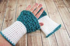 Free Celestial Wrist Warmers Crochet Pattern