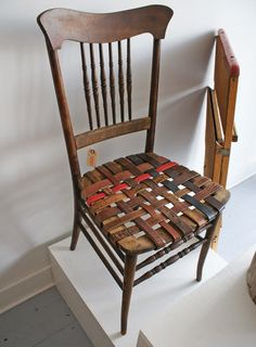 This chair uses upcycles belts