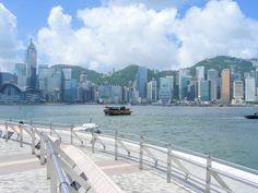 Hong Kong harbor, July2007.