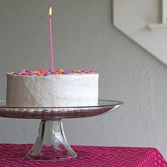 DIY cake frosting ( good tutorial)