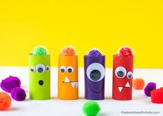 Toilet Paper Roll Crafts that are Super Creative! Manualidades Halloween, Halloween Crafts For Kids, Easy Crafts For Kids, Diy For Kids, Crafts To Make, Crafts Made With Toilet Paper Rolls, Toilet Roll Craft, Cardboard Crafts, Paper Crafts
