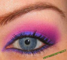 Cheshire Cat eye makeup. Totally doing this for the shower!!