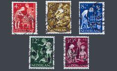 """De kinderpostzegels uit 1962 met het thema """"Kind en vrije tijd"""". Ontwerp: P.G. Rueter"""