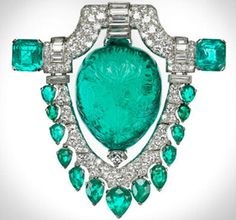 Emerald and diamond brooch owned by Marjorie Merriweather Post - circa 1920