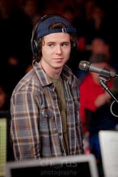 Charlie McDermott, from the television show The Middle, came to support his hometown!