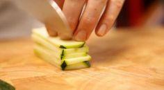 Thaise viskoekjes met komkommerdip - Recept - Allerhande - Albert Heijn