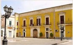 Palazzo de Castro is a unique place which still retains the charme of the past. Transformed into a luxury guesthouse few years ago, it is ideal for those looking for an authentic experience while travelling around Puglia.