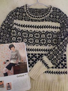 Ravelry: sunnykid70's Gotland sweater Fair Isle Knitting, Hand Knitting, Norwegian Knitting, Hand Knitted Sweaters, Knitwear Fashion, Knitting Designs, Diy Clothes, Knitting Patterns, Knit Crochet