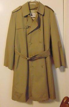 MISTY HARBOR MENS Khaki Belted Trench Coat SZ 38 short zip in liner #MistyHarbor #Trench