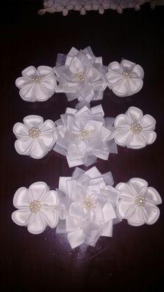 Flores para tocados de boda o primera comunión