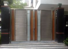 Manufacturer of Stainless Steel Main Gates and Creative SS Fabrications House Main Gates Design, Front Gate Design, Door Gate Design, House Front Design, Entrance Design, Railing Design, Gate Designs Modern, Stainless Steel Gate, Compound Wall Design