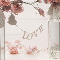 Wooden Love Garland Cream
