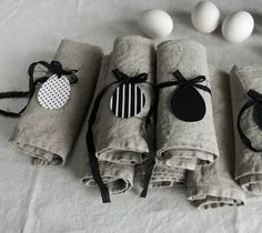 Black and white with naturals can be playful and powerful. Easter In Scandinavian Style: 45 Natural Ideas   DigsDigs