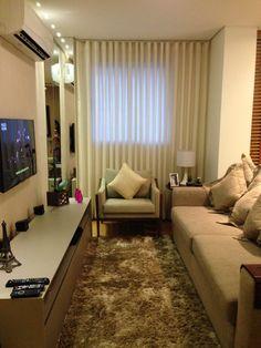 Residência CF: sala de tv neutra