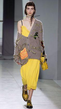 Christopher Kane Spring 2016 Ready-to-Wear Fashion Show