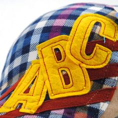 Good-quality Kids Boys Girls Cotton Grid Plaid Letter Cute Berets Hat Patch Flat Cap Casual Outdoor Visor Gorras is cheap, see more kids hats on NewChic. Flat Hats, Hat Patches, Girls, Boys, Kids Hats, Boy Or Girl, Girl Outfits, Plaid, Cap