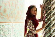 _ Golestan Palace_ || Photo and Model : Arina Karpyuk || #MemareMan #Iran #Iran_Travel #Iranian_Photographer #Tourism #معمارمن #معمار_من #کاخ_گلستان #توریست #ایرانگردی #تهران #ایران #عکاسان_ایرانی   #هنر #هنرمند_ایرانی #معماران_ایرانی #آینه_کاری #تزئینات #ستون