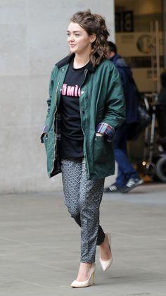Maisie Williams Lorde Comparison - http://oceanup.com/2014/05/09/maisie-williams-lorde-comparison/