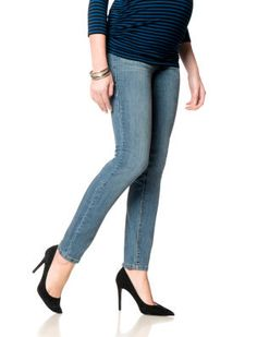 Destination Maternity Fade To Blue Secret Fit Belly(r) 5 Pocket Skinny Leg Maternity Jeans