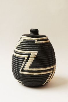 Hand Woven Large Lidded Basket - Black and Tea