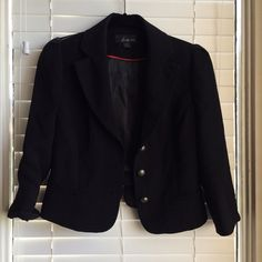 Forever 21 Cropped Black Blazer Big gold buttons, great condition. Forever 21 Jackets & Coats Blazers