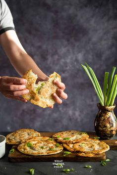 Street-style Chinese Scallion Pancakes (Cong You Bing)- Learn how to make easy flaky Chinese scallion pancakes without much fuss. This recipe gives you ultra-flaky and crispy result that you will find irresistible. Scallion Pancakes Chinese, Korean Scallion Pancake, Chinese Pancake, Chinese Vegetables, Vegetarian Recipes, Cooking Recipes, Food Website, Asian Cooking, Naan