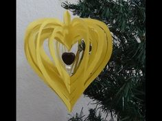 How to make quick and easy paper heart design. Its a quick and easy paper design. You may make this in any shape you like. You may also decorate the strips with glitters .It can be used as a decoration for any kind of parties like Christmas, Valentines Heart Decorations, Valentines Day Decorations, Valentine Day Crafts, Paper Decorations, Kirigami, Paper Christmas Ornaments, Christmas Crafts, Modern Christmas, Origami Flowers Tutorial