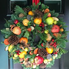 Thank you @chuckschomaker for another amazing wreath!!! #winchesterplace #holidaydecor #wreath #holidaywreath #fruitsoflove #giftedfriends…