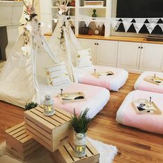 Welcome the new Boho Tribe theme! Now renting this all white with a touch of pink and gold including flowers and dreamcatchers for a fun sleepover party! Slumber Party Birthday, Fun Sleepover Ideas, Sleepover Birthday Parties, Girl Sleepover, Teen Birthday, Birthday Party Themes, Adult Slumber Party, Birthday Ideas, Pyjama Party Fille