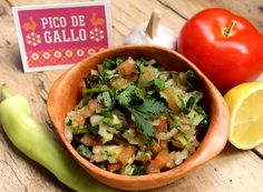 how to make pico de gallo, ingredients tomato, chile, garlic happythought.co.uk/day-of-the-dead/how-to-make-pico-de-gallo Mexican Celebrations, Party Drinks Alcohol, Mexican Food Recipes, Ethnic Recipes, Day Of The Dead, Summer Drinks, Dead Recipe, Food For Thought, Chile