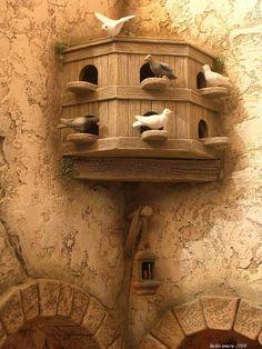 álbumes de fotos Miniature Crafts, Miniature Houses, Iphone Wallpaper Ocean, Flower Truck, Village House Design, Modelos 3d, Wood Carving Patterns, Fairy Garden Houses, Ceramic Houses