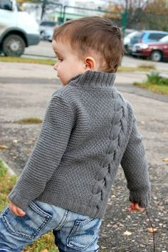 Ravelry: legendasun's Pull – baby sweaters Baby Boy Knitting Patterns, Baby Sweater Patterns, Knit Baby Sweaters, Boys Sweaters, Knitting For Kids, Free Knitting, Pullover Design, Sweater Design, Crochet For Boys