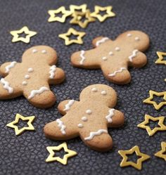 Photo de la recette : Biscuits bonshommes de Noël en pain d'épices