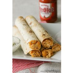 apparently I've been dreaming about buffalo chicken lately... these buffalo chicken taquitos look yummy!