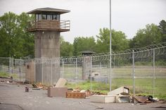 Buy Glenn Walking Dead Season 3 4 Prison Set Merchandise Zombie Toy and Game for Kid at online store Glenn Walking Dead, Walking Dead Prison, Walking Dead Tv Series, Abandoned Prisons, Abandoned Houses, Scene Photo, Building Design, Behind The Scenes