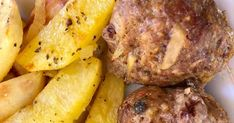 Φτιάξτε τα μπιφτέκια ακριβώς έτσι και θα με θυμηθείτε αφρός και απίστευτη νοστιμιά !!!!   Κόβω τις πατάτες λίγο πιο χοντρές από τις τη... Potatoes, Vegetables, Food, Potato, Essen, Vegetable Recipes, Meals, Yemek, Veggies