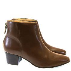 Bota Cano Curto Chocolate 7355 Tabita by Moselle | Moselle calçados finos femininos! Moselle sua boutique de calçados online.