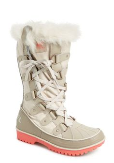 twist waterproof boots  http://rstyle.me/n/t3ayapdpe