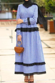 Cotton checks dress with lace details. Modest Maxi Dress, Hijab Dress, Modest Outfits, Modest Clothing, Mode Abaya, Mode Hijab, Modern Hijab Fashion, Muslim Fashion, Casual Summer Dresses