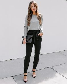 Source by casual outfits - Casual Work Outfits Business Professional Outfits, Business Casual Outfits For Women, Business Casual Attire, Casual Work Outfits, Mode Outfits, Work Casual, Chic Outfits, Fashion Outfits, Business Attire For Young Women