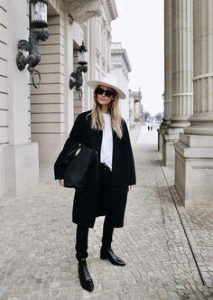 Janessa Leone hat, Celine sunglasses and bag. About Mija - - Minimalist Fashion Women, Black Women Fashion, Minimal Fashion, Latest Fashion For Women, Womens Fashion, Fashion Trends, Fashion Top, Feminine Fashion, Cheap Fashion