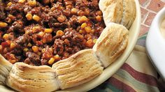 Sloppy Joe Casserole From Bettys Soul Food Collection.Make a clean break from the same old sloppy joe recipe. You can count on high fives and compliments with this five-ingredient casserole! Sloppy Joe Casserole, Ground Beef Casserole, Beef Dishes, Food Dishes, Main Dishes, Dinner Dishes, Pasta Dishes, Sloppy Joes Recipe, Ground Beef Recipes