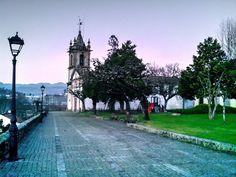 Boa tarde :D O Jardim dos Centenários em Arcos de #Valdevez um pouco antes do pôr do Sol de ontem - http://ift.tt/1MZR1pw -